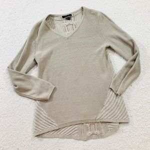 Style and co ivory v-neck textured sweater medium